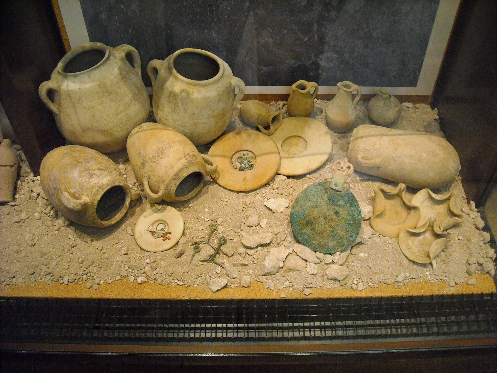 Deteneva illegalmente reperti archeologici
