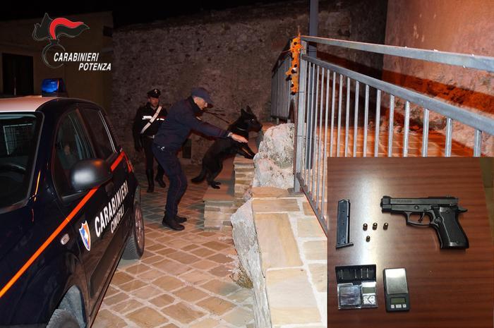 Pistola che prima era a salve, arrestato