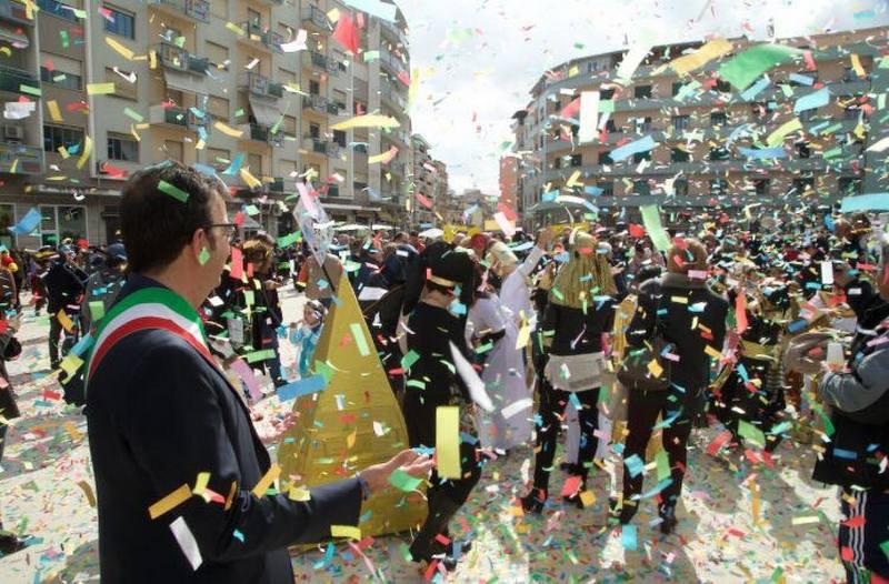 Cosenza, aspettando Carnevale, le iniziative che accolgono la festa più divertente dell'anno
