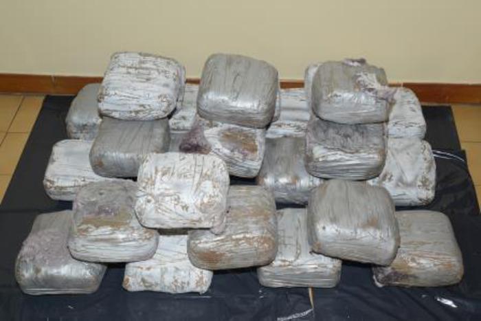 Droga: scoperta raffineria di eroina
