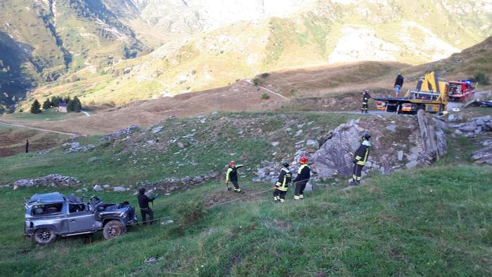 Drammatico incidente nel Cuneese, morti 5 giovani