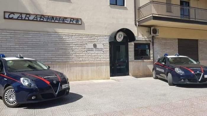 Migranti: appartamenti a 100 euro a persona, denunciato