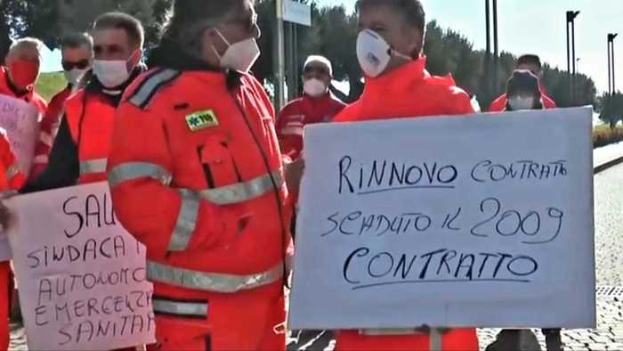 Covid: sit in personale 118 Catanzaro, tagliate indennità